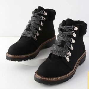 Dirty Laundry Casbah black lace up ankle boots 9